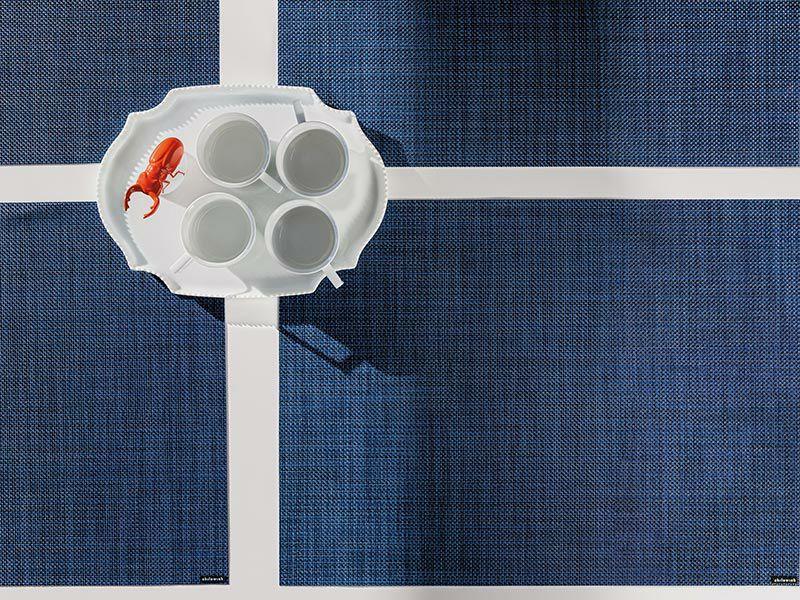 チルウィッチテーブルランナーのミニバスケットウィーブのインディゴ